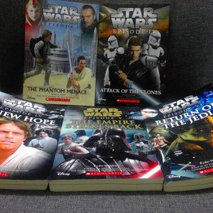 STAR WARS by SCHOLASTIC and DISNEY 5 books junior